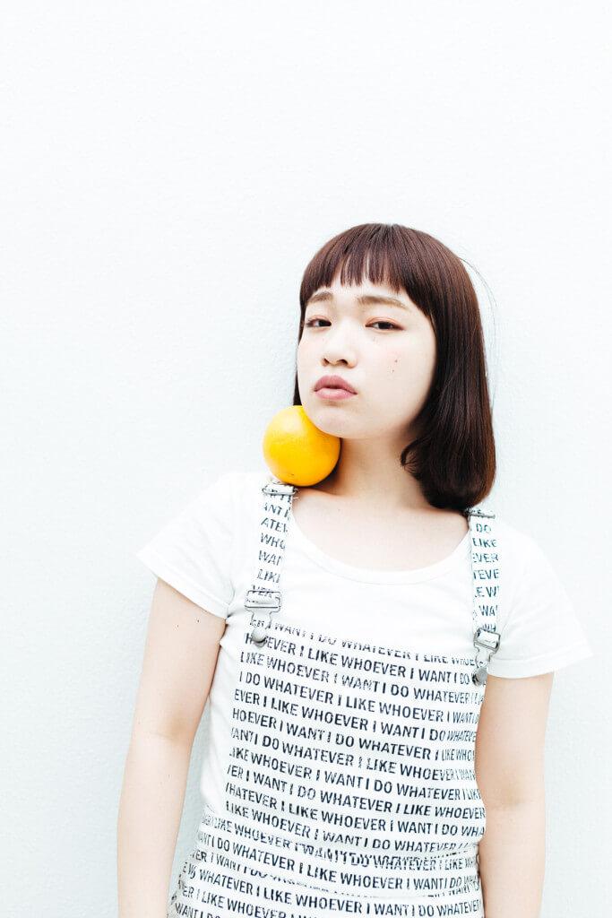 model:渡辺友美子さん